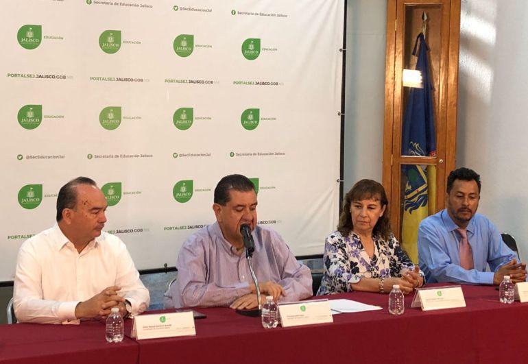 SEJ firma convenio para combatir el abuso sexual infantil