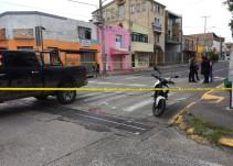 Asesinan a un motociclista cerca al mercado San Juan de Dios