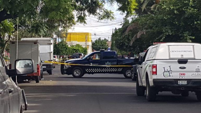Localizan un cuerpo embolsado en Guadalajara