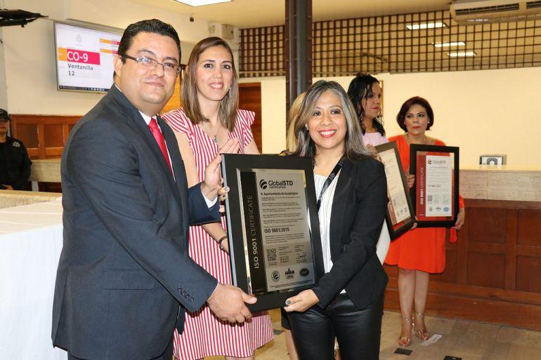 Entregan certificación ISO-9001 a recaudadoras de Guadalajara