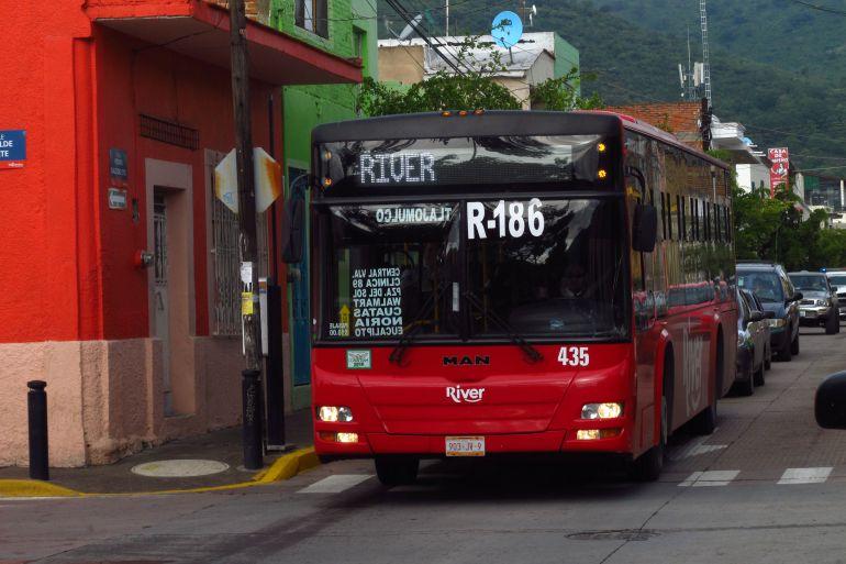 Uribe lamenta que Semov haya olvidado reestructuración del transporte en zona Valles