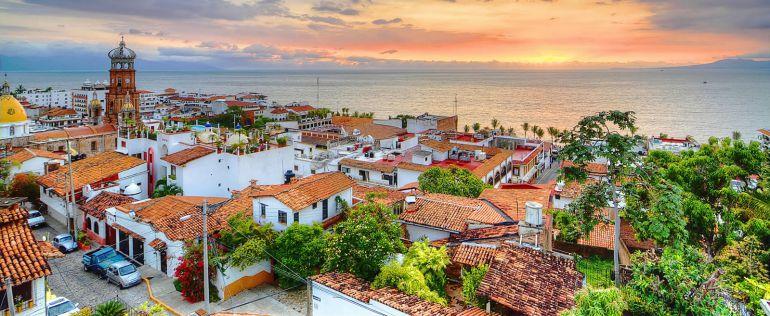 Puerto Vallarta entre los tres principales destinos turísticos