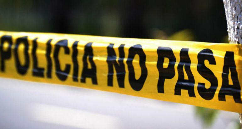 Patrulla arrolla a una motociclista en Tetlán