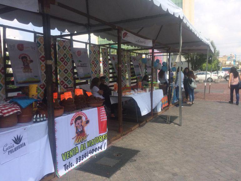 Realizan Expo Imagina 2018 en el Paraninfo
