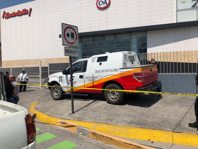 Custodio apoya asalto a una camioneta de valores