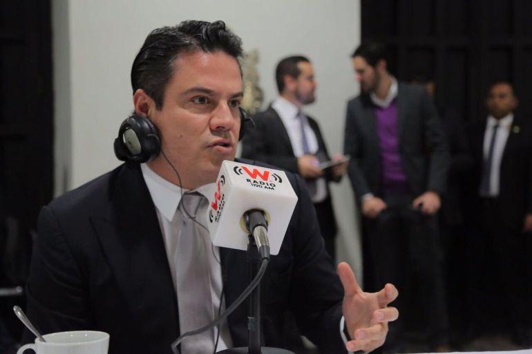 Aristóteles solicita el apoyo para el gobernador electo Enrique Alfaro