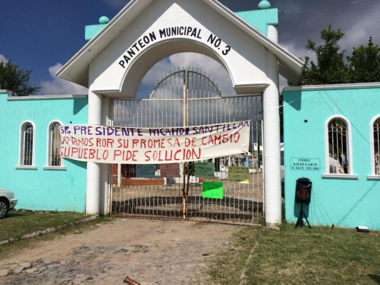 Vecinos de El Salto en contra de inhumación de cadáveres