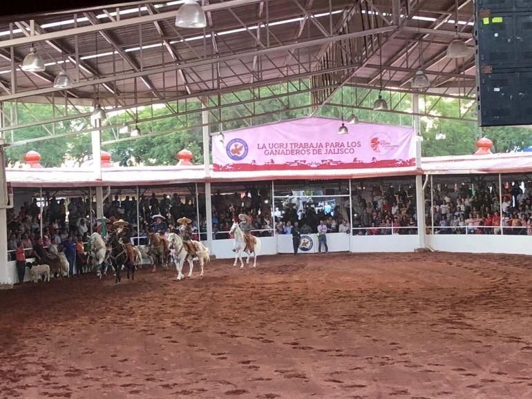Ganaderos de Jalisco reclaman apoyo al gobierno