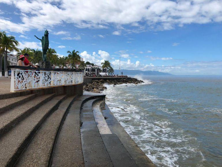 Puerto Vallarta vuelve a la normalidad tras el paso de Willa