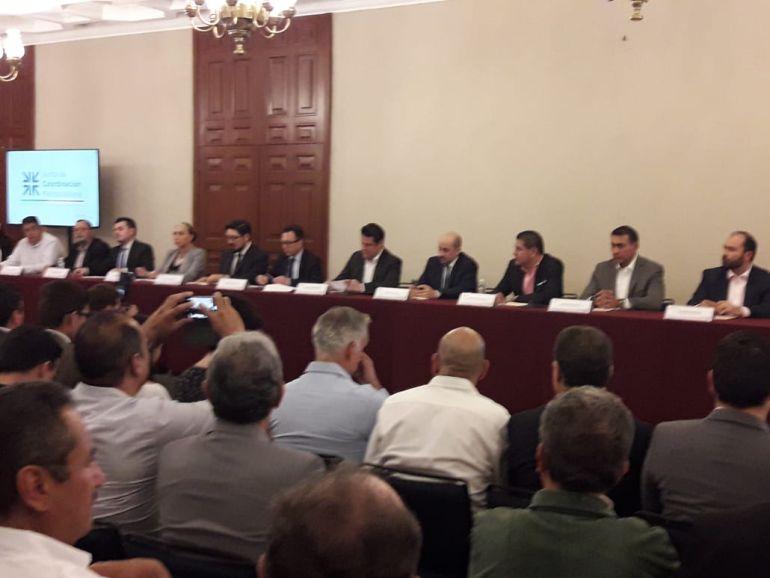 Lemus repite al frente de la Junta de Coordinación Metropolitana