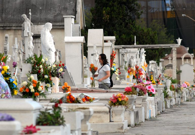 Esperan alrededor de 700 mil asistentes en los panteones de Guadalajara