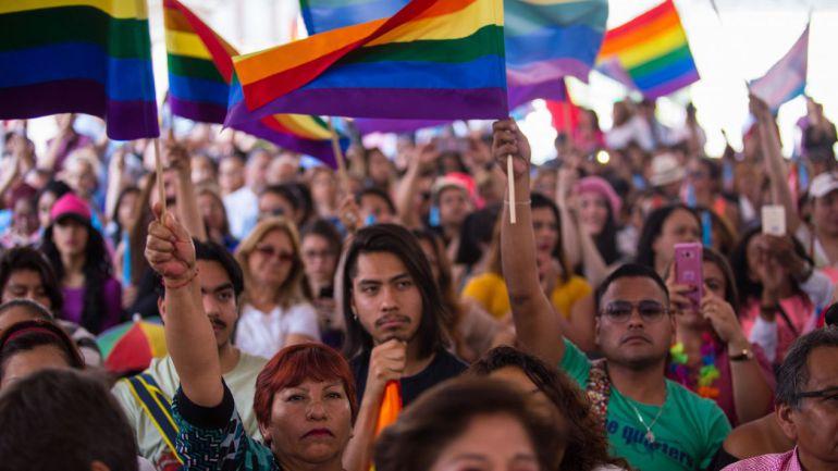 Buscan reconocer identidad de género de jaliscienses transexuales en documentos oficiales