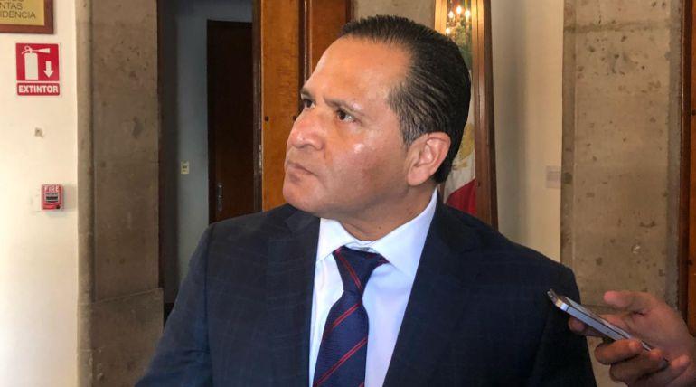 Eduardo Almaguer abogará por vecinos del parque San Rafael
