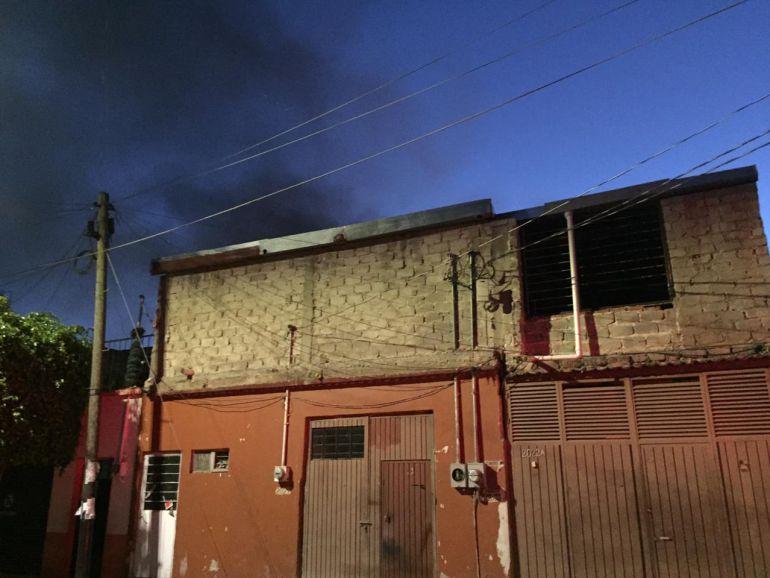 Maderería se incendia en la colonia Ferrocarril