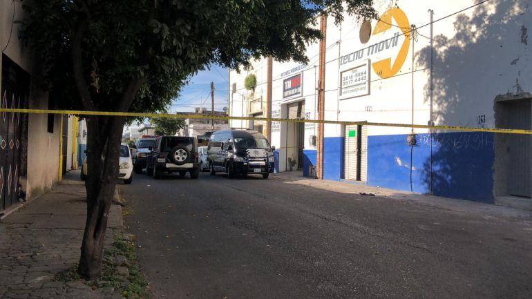 Encuentran un cadáver dentro de un taller mecánico en Las Conchas