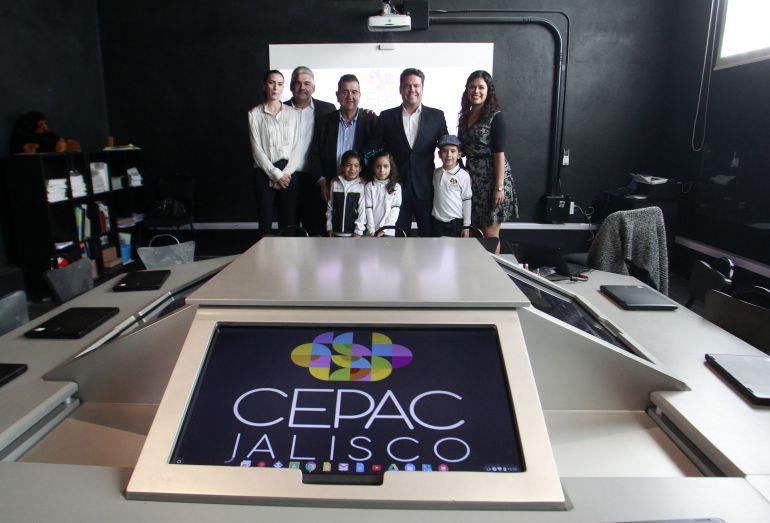 Inauguran aulas para CEPAC