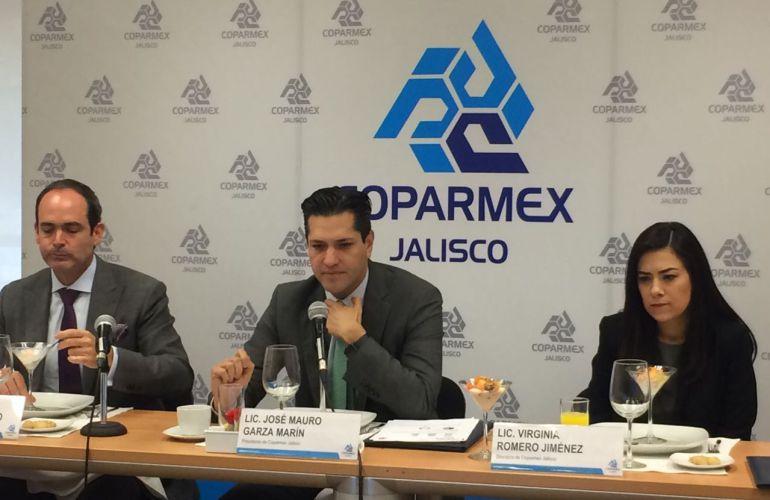 Coparmex presionará para que diputados presenten su 3de3