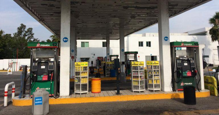 La gasolina se está mermando para detener el robo: AMLO