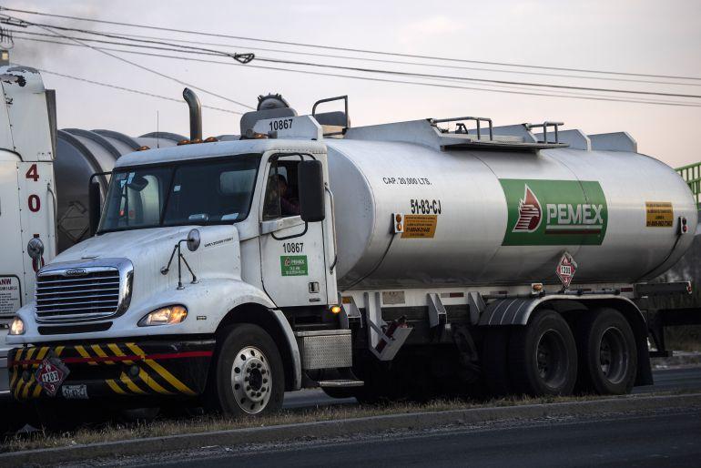 Asaltan pipa cargada con gasolina en Tepatitlán