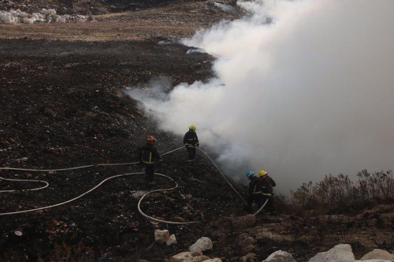 Logran extinguir incendio en basurero