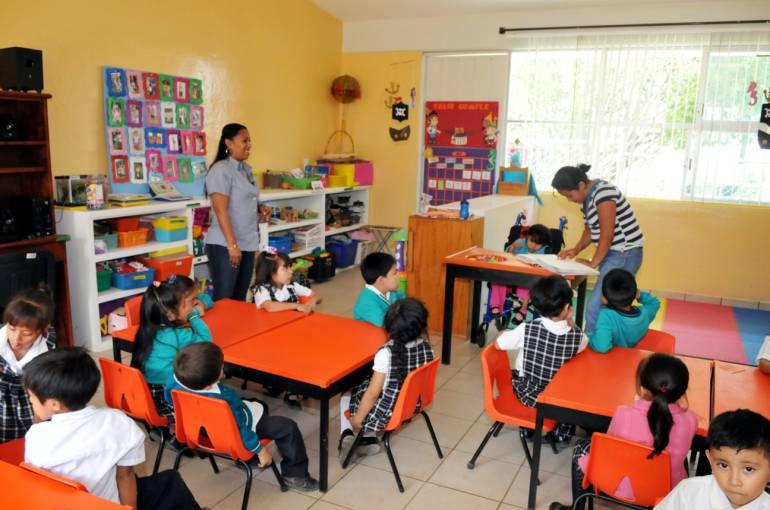 Jalisco tendrá una nueva Ley de Educación: Mara Robles