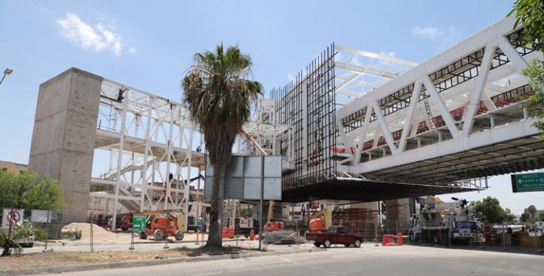Paralización de la Línea 3 aumentará costos: Ingenieros Civiles