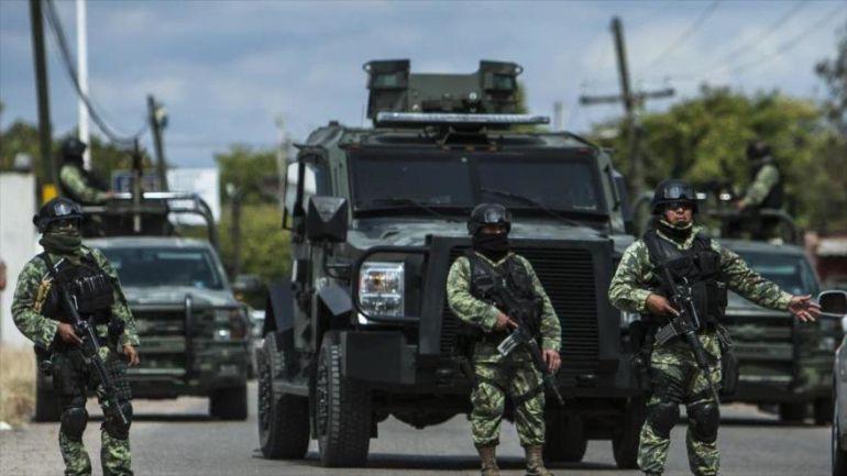 Balacera entre el ejército y hombres armados deja 6 detenidos