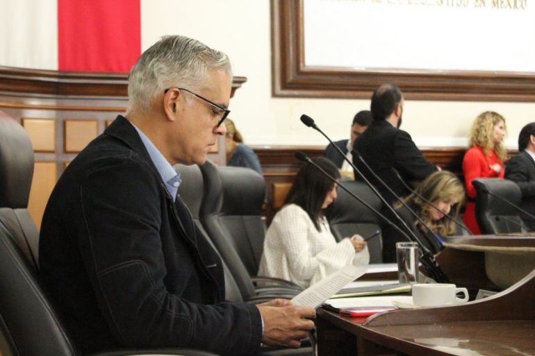Regidor Miguel Zárate da recomendaciones a Senderos Seguros