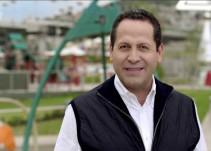 Otorgan medalla a Eruviel Ávila por su inagotable esfuerzo como gobernador del Edomex, la rechaza