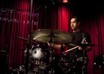 """¡El baterista de """"Birdman"""" visita la cabina de Triple W!"""