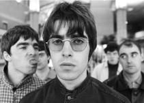 Hermanos Gallagher juntos en el documental del grupo Oasis