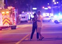 ¿Cuáles fueron las reacciones en redes sociales sobre el ataque en el bar Pulse?
