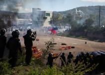 """""""Dejaron caer más de diez proyectiles de gas lacrimógeno"""": Testimonio de Nochixtlán"""