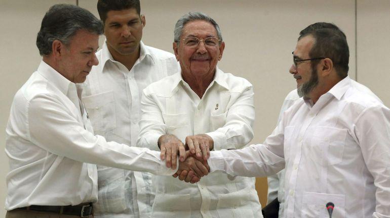 Histórico: Gobierno colombiano y FARC firman acuerdo de paz