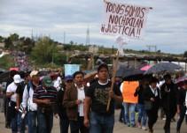 Continúa búsqueda de dos desaparecidos durante el enfrentamiento en Nochixtlán