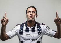 Aldo de Nigris quiere festejar sus 33 años de vida con gol ante Chivas