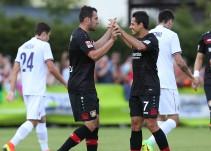 'Chicharito' colabora con asistencia en triunfo del Bayer Leverkusen