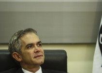 """""""Voy a dejar esto aquí"""": Mancera y EPN seguirán con roces ideológicos"""