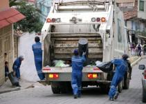 ¿Qué riesgos corren las personas que trabajan recolectando la basura?