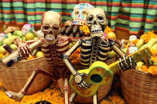 Cultura: Día de Muertos vs. Halloween