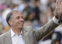 """Así Sopitas"": Bruce Arena regresa al futbol"