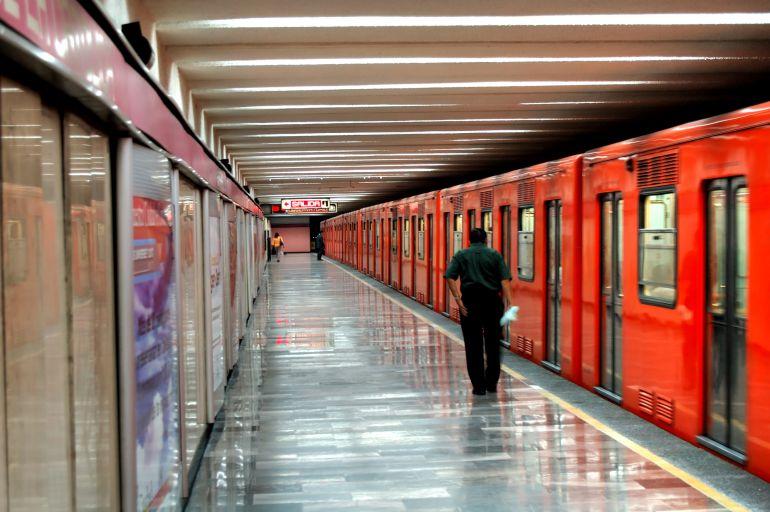 Metro de la CDMX implementa método para controlar entrada y salida de los vagones