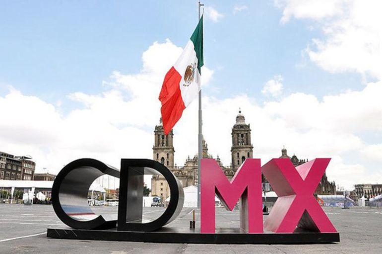 Diputados aprueban 11 artículos para la Constitución de la CDMX