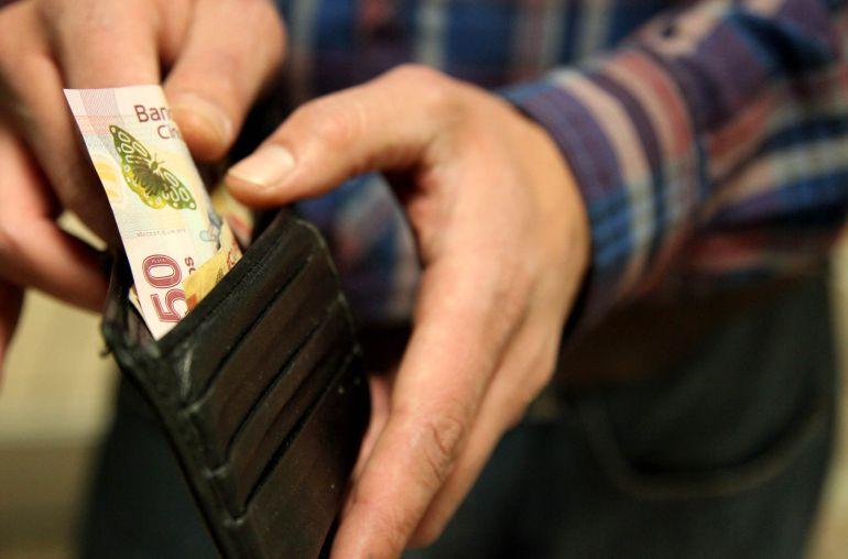 """""""Anónimus weso"""" presenta: poder adquisitivo de los mexicanos cae 11%"""