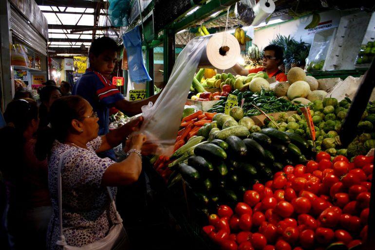 Salario mínimo ideal en México sería de 353 pesos: IBERO Puebla