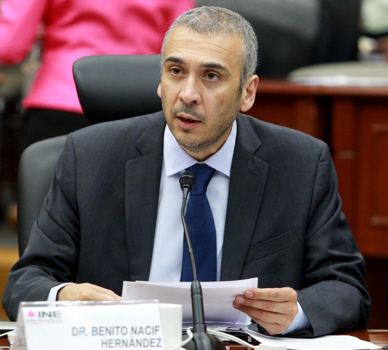 La reducción de salario a consejeros del INE es anticonstitucional