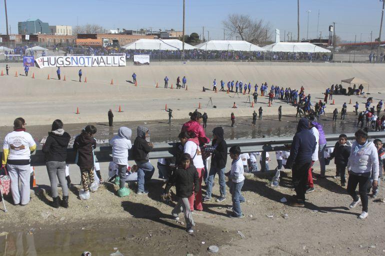 INM ofrece apoyo económico a migrantes interesados en emprender un negocio