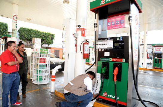 ¿Te despachan litros completos en tu gasolinera?