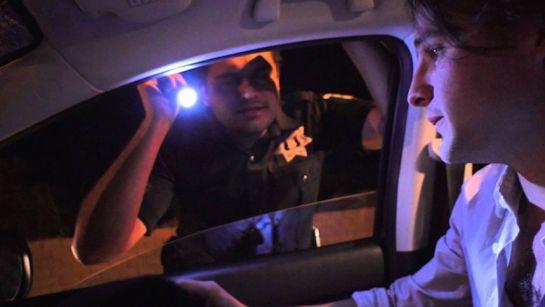 #AsíSopitas: ¿Es ilegal tener sexo en el auto?