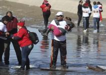 Migrantes piden ayuda para quedarse en EU